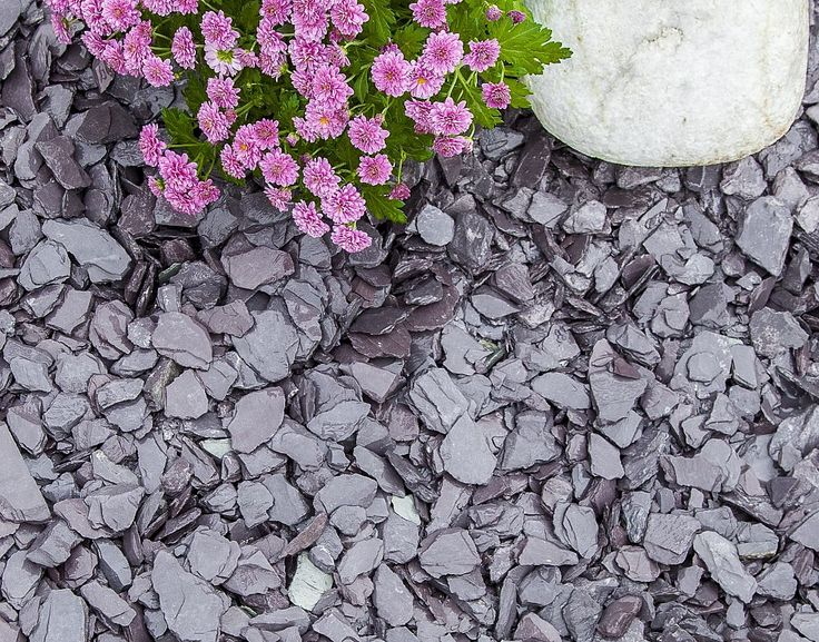 Blue Slate Chippings 20mm | Decorative Aggregates