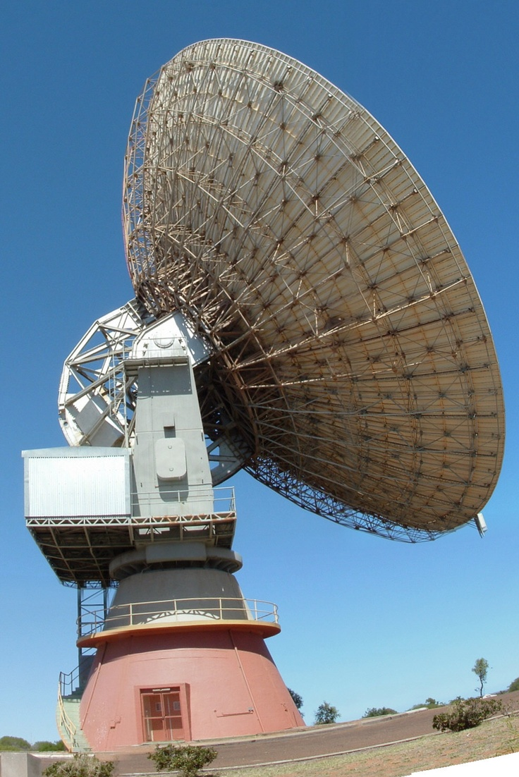One of the most noticeable features in Carnarvon is the old OTC dish. : http://www.wanowandthen.com/Carnarvon.html