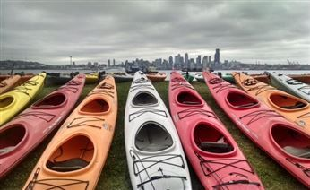 Activists in Seattle boarded kayaks to protest a Shell oil rig