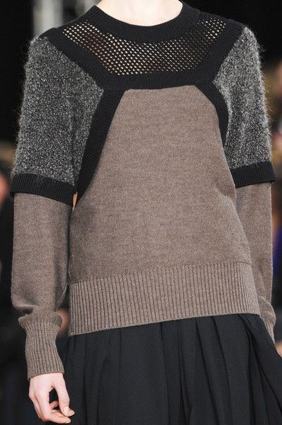 Jumper with contrasting panels; runway knitwear; fashion details // Philosophy di Alberta Ferretti Fall 2013