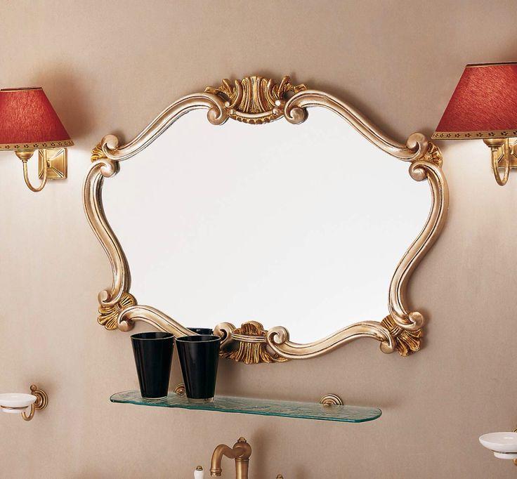 Различные по форме и массе зеркала фабрики #LaborLegno прекрасно дополняют классический стиль в интерьере.  Рамы изготавливаются из натурального дерева, покрытого золотом или серебром на выбор, учитывая все стандарты европейского качества.  Созданные специально для влажных помещений в стиле основных коллекций мебели для ванных комнат, они могут комбинироваться с изделиями других фабрик и находится в любом помещении. #smalta #smaltaitaliandesign #interiordesign #design #интерьер #ванная…