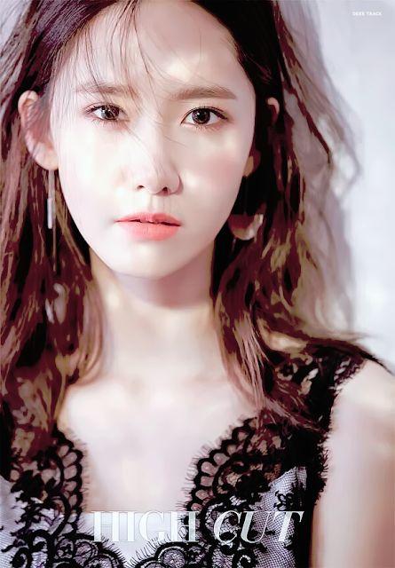 YoonA @ High Cut Vol.177