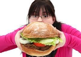 Çağımızın en büyük sorunlarından biri kuşkusuz obezite. Sağlıksız beslenme ve doğal yemek kültürünün değişmesinden dolayı. Şişman vicutlar insalığı adeteta tehdit etmektadir. Obezite beraberinde çeşitli hastalıklarada yol açmaktadır. Peki obeziteden korunmak için ne yapmalıyız. Birinci kural sağlıklı beslenme. Insan oğlu kendisine verilen vicuda gereken önemi verilmesi dinende bir kuraldır. Diyet yaparak aşırı kililolarınızdan kurtulabilirsiniz. Kendinizi sıkmadan…