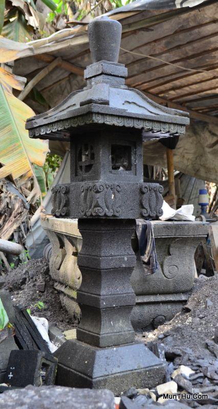 Lampion Kasoga Batu Alam Merapi