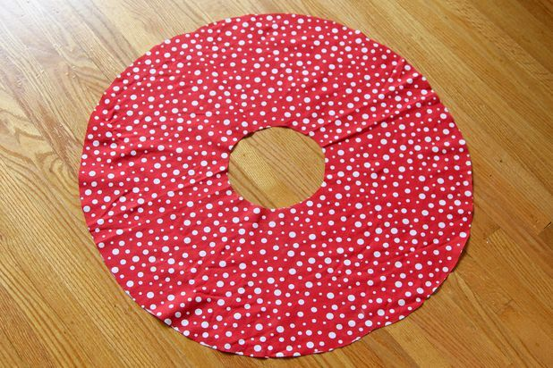 How to Make a Minnie Mouse Skirt | eHow
