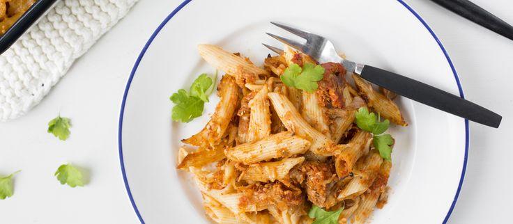 Tonnikala-pastavuokaa kannattaa tehdä kerralla isompi satsi, sillä se maistuu taatusti koko perheelle.  Noin 1,00€/annos.