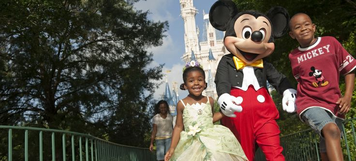 2014 Walt Disney Travel Company Brochure