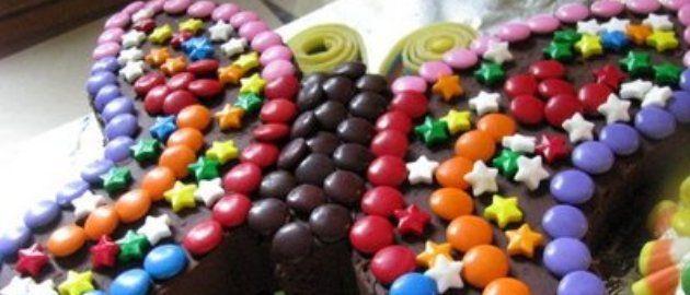 Des recettes funs de gâteaux avec des Smarties à faire avec les enfants