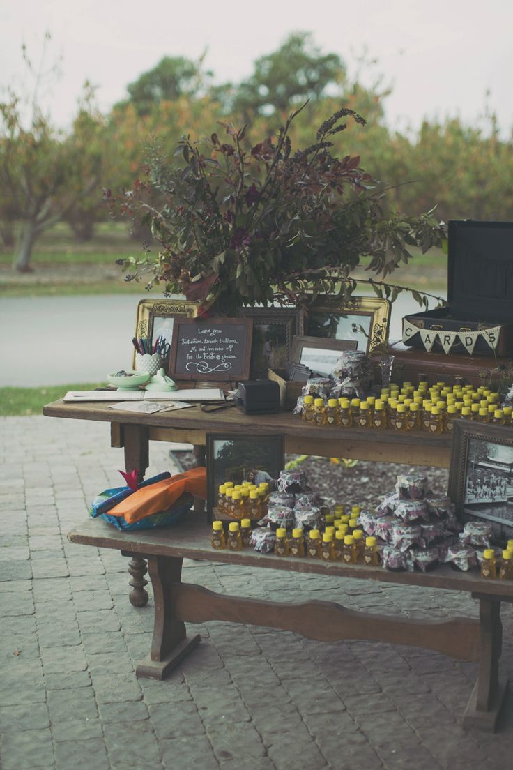 Photography: Alixann Loosle Photography - alixannlooslephotography.com/  Read More: http://www.stylemepretty.com/2014/03/21/fall-wedding-at-sweet-berry-farm/
