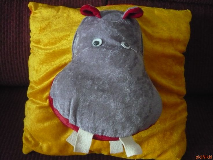 No. 92 | víziló | hippo | plüss | plush | párna | pillow
