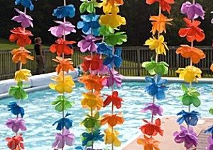 Teens Pool Party Decor | Decorations should be understated at teen parties.