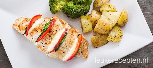 Makkelijk kerstrecept; Italiaanse kipfilet met mozzarella, tomaat en basilicum