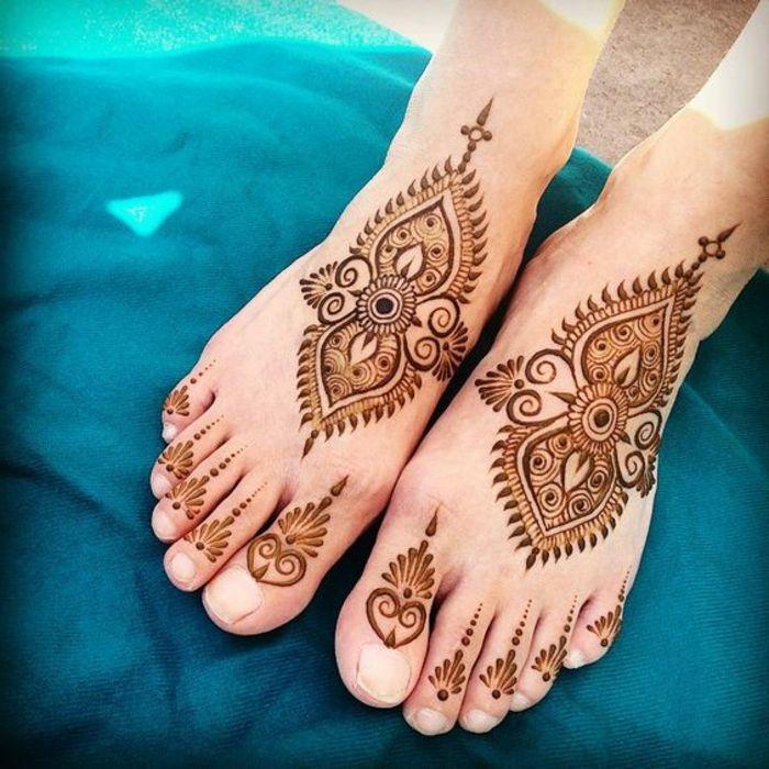 30 best henna feet images on pinterest henna feet henna mehndi and henna tattoos. Black Bedroom Furniture Sets. Home Design Ideas