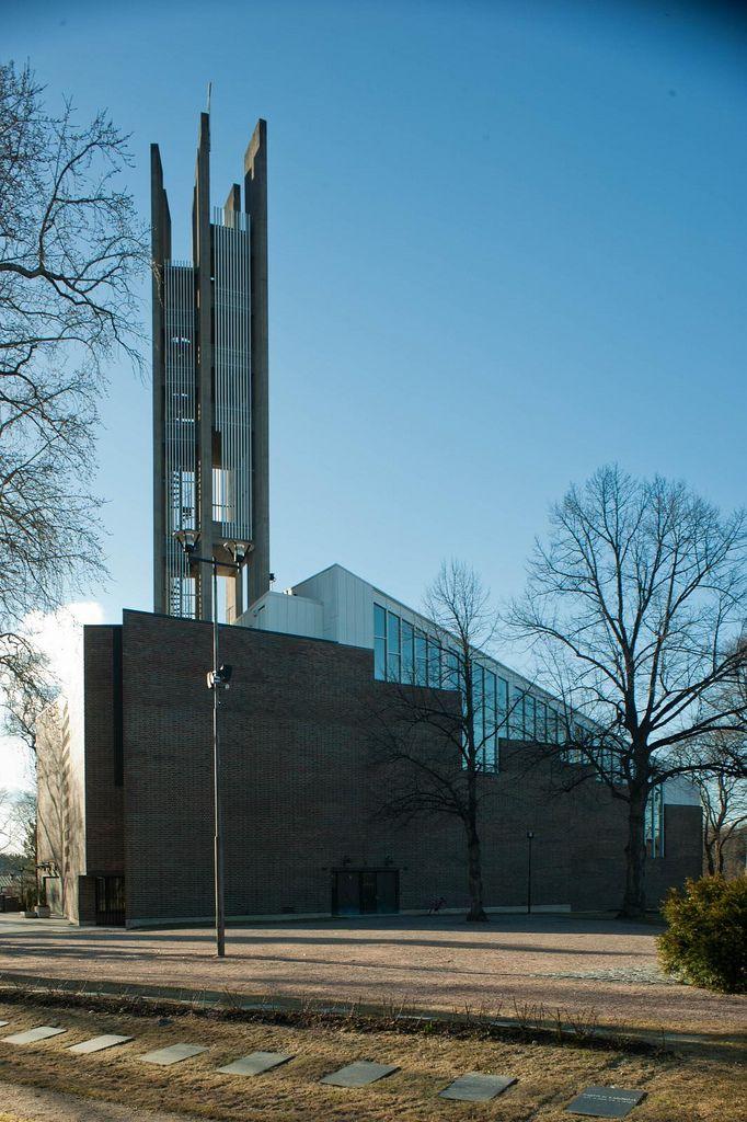 Lahti Church Lahti Finland Alvar Aalto 1969 2011-04-18