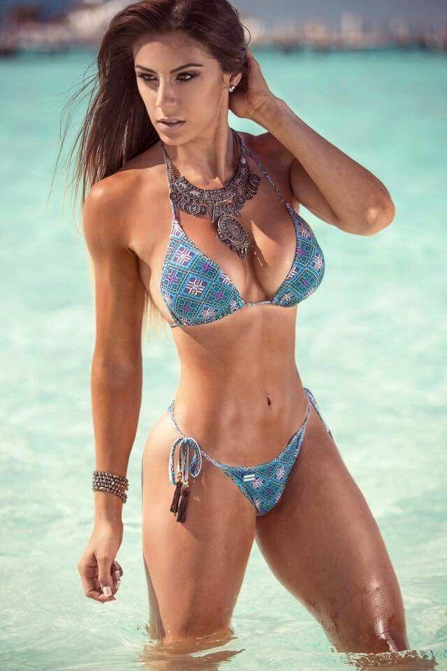 a4221f900c582 Hot Bikini Girl