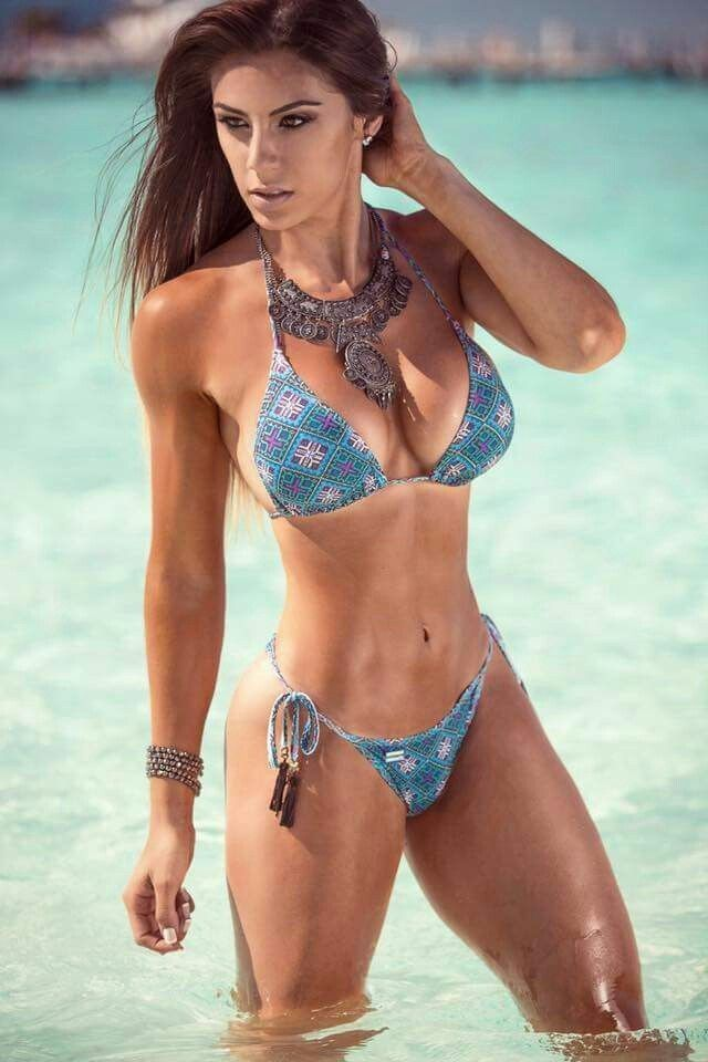 b0d3ce310f2cf Hot Bikini Girl