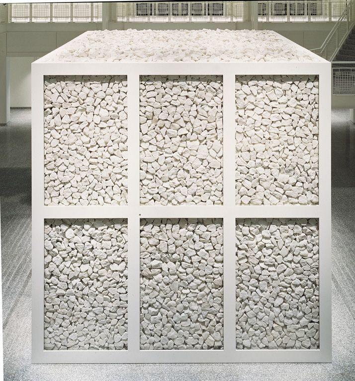 5 kontinente-skulptur-walter-de-maria-1989