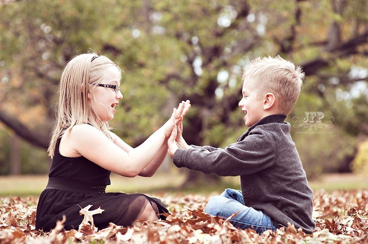 patty cake, childrens' photography, posing kids, posing children, posing families, fall photography, fall family session