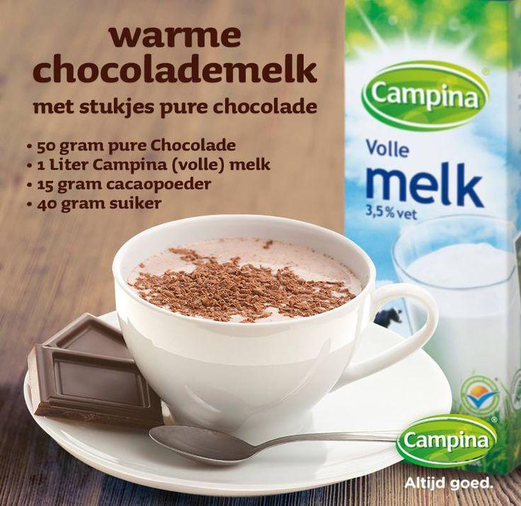 Een lekker recept nu de herfst echt zijn intreden heeft gedaan: Warme chocolademelk met een originele twist!1. Roer de cacaopoeder met de suiker en een flinke scheut campina melk tot een papje.2. Breng de rest van de Campina melk in een pannetje aan de kook en giet het cacaomengsel erbij. Voeg als het bijna kookt de stukjes chocolade toe. Klop het met een garde door.3. Laat goed smelten en warm worden en giet de chocolademelk in 4 grote mokken.Tip: Extra lekker met Campina slagroom!