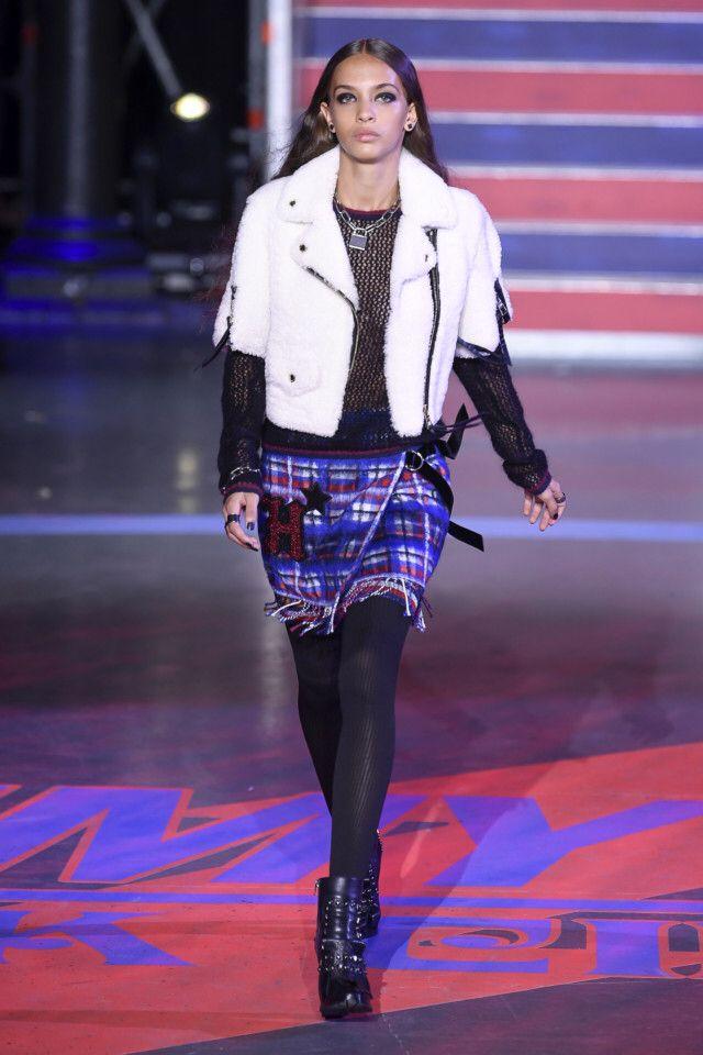 Tommy Hilfiger  #VogueRussia #readytowear #rtw #fallwinter2017 #TommyHilfiger #VogueCollections
