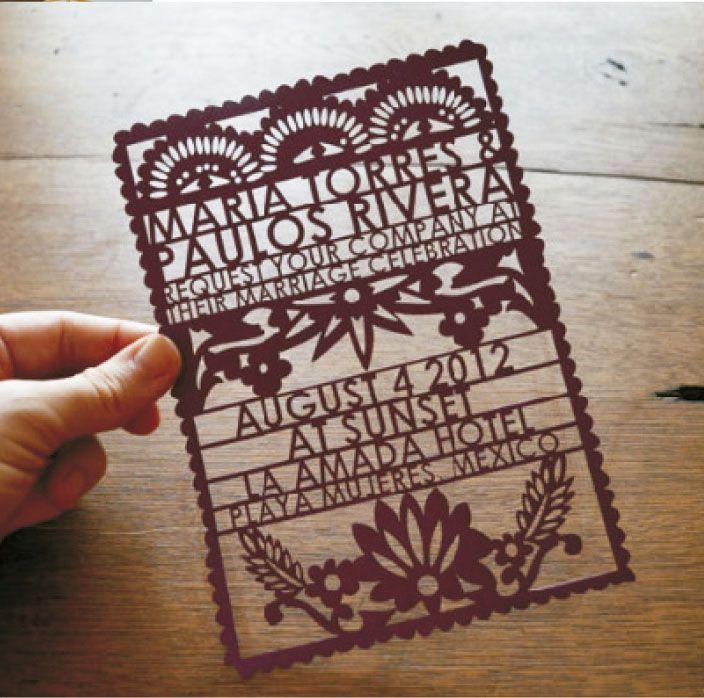 TROQUELADA TIPO CARTEL  (Invitación personalizable)  Incluye: 1 Invitación con medidas 20x14 cm  1 Sobre personalizado