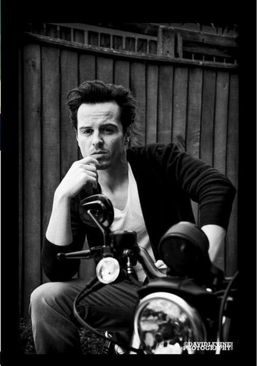 Andrew Scott... he is not allowed to look this good! He is evil....but adorable.....but still evil.... :)