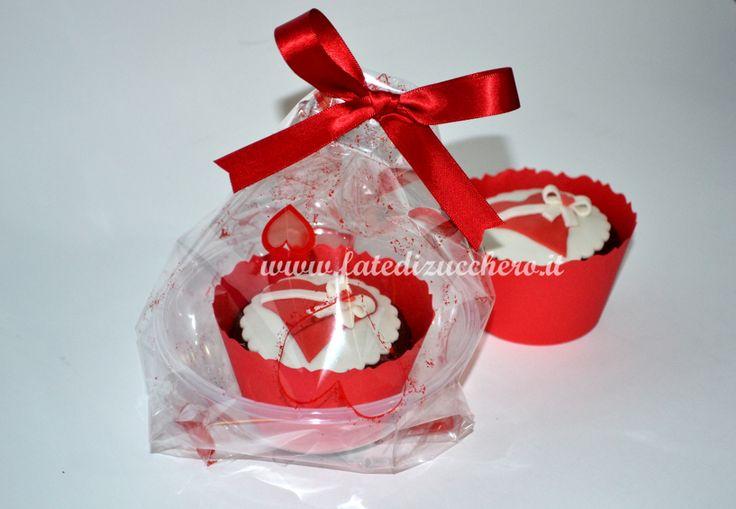Cupcake monoporzione in confezione regalo per san - San valentino decorazioni ...