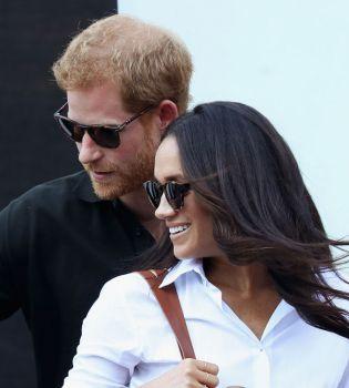 Какая красивая пара: весь мир обсуждает первый выход в свет принца Гарри и Меган Маркл
