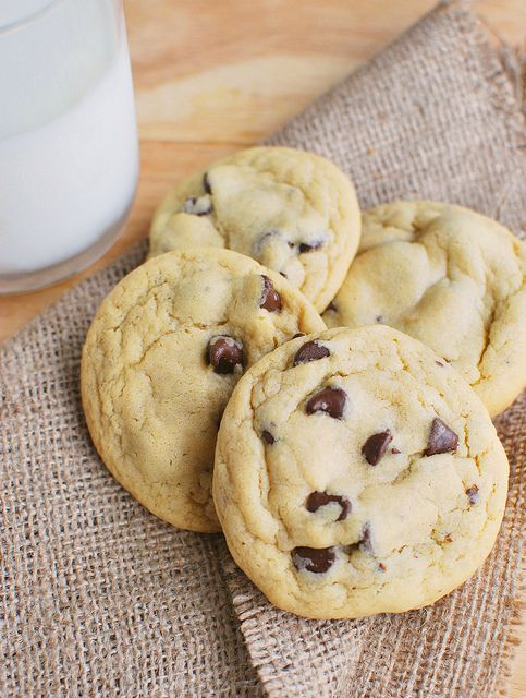 Chocolate Chip Pudding Cookies - the softest chocolate chip cookies you'll ever make!