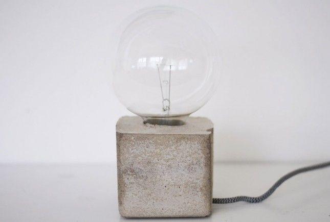 Desk Lamp | 26 DIY Concrete Projects
