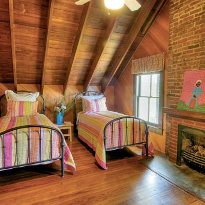 Cozy Retreats. Small Attic BedroomsAttic ... Part 86