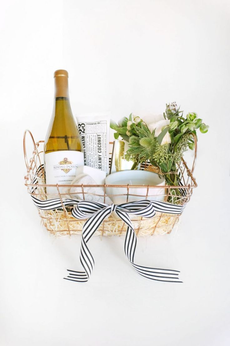 Ditch the Wine Bag: 3 Ways to Spruce Up Your Wine Gift | The Everygirl