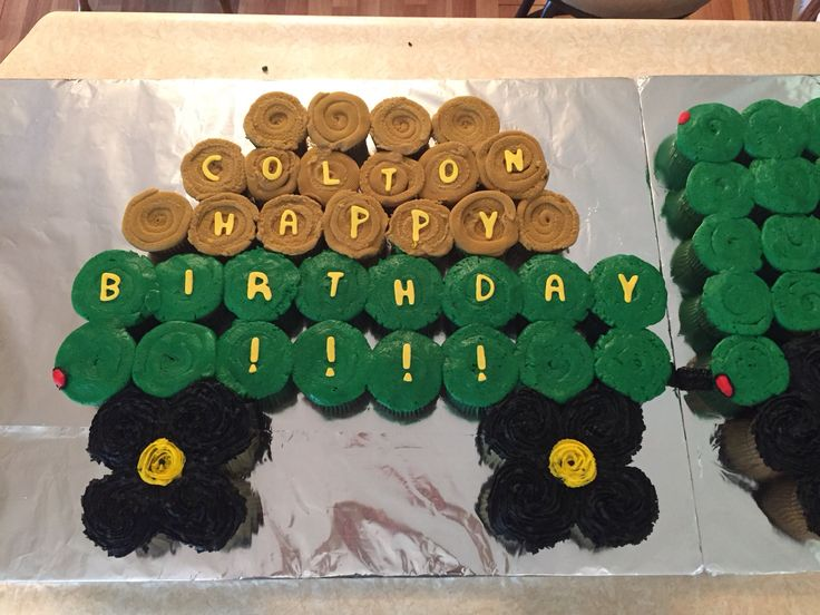 Tractor and hay wagon Cupcake Cake