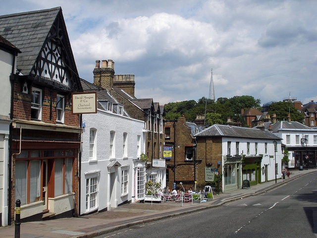 Harrow-on-the-Hill by diamond geezer, via Flickr