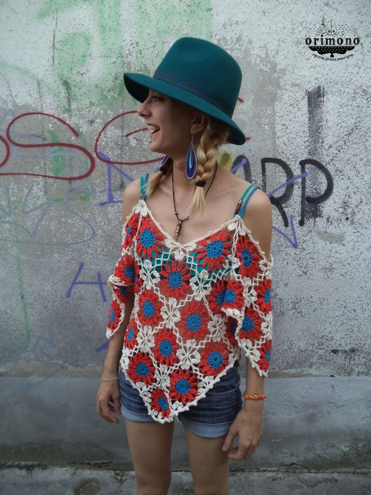 That's my crochet flowery blouse! :) Made from 44 flower-squares. How do You like it? :) See more: http://www.facebook.com/ORIMONO.reczna.praca.awaryjna :)