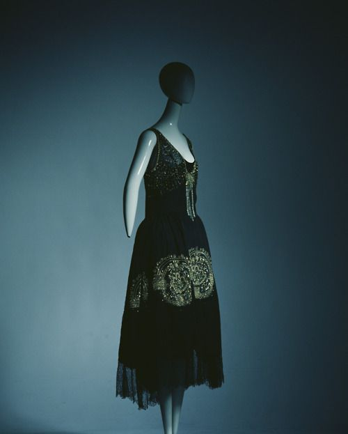 Jeanne Lanvin, 1920s. I want to put it on and Charleston.