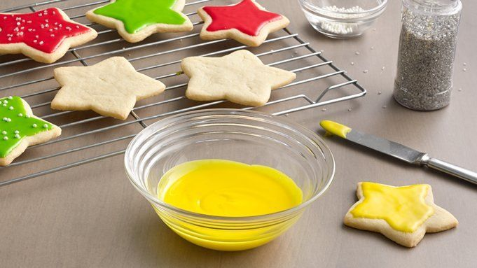 When you are looking to frost your holiday sugar cookies, Easy Cookie Icing is fast and easy.