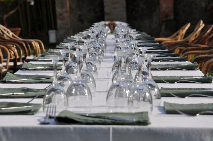 Tafel Welcome dinner olijfgroen met wit