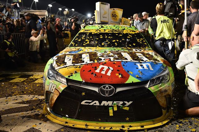 Kyle Busch wins first NASCAR Championship for Toyota | TheGentlemanRacer.com