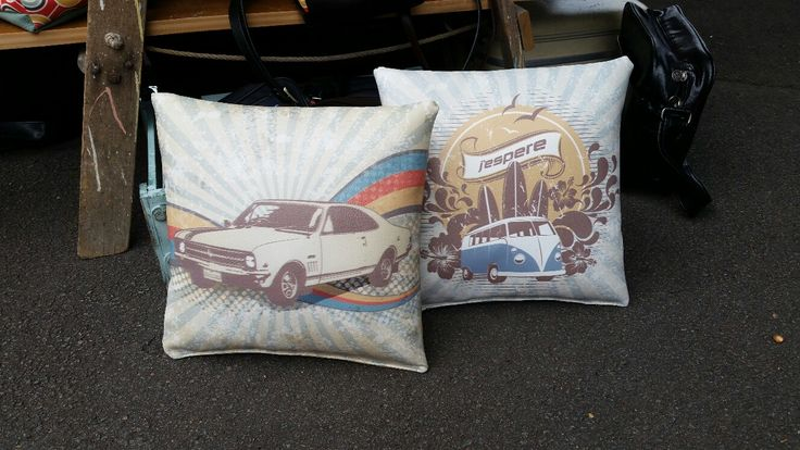 What about these funky cushions designed by J'espere Retro Bags & Accessories, how cool are they? The old 1969 Monaro and a good old retro combi. To purchase these or other funky designs go to jespere.com.au
