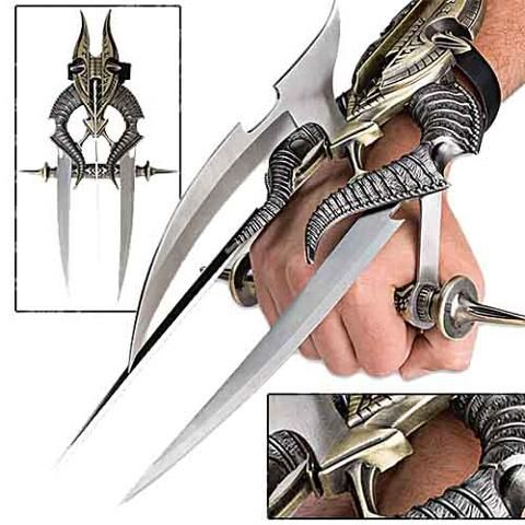 Fantasy punch knife nice but non functional due to no finger guard also even though its steel its form made not forged so its brittle steel still very beautiful
