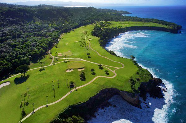 L'isola vanta il numero più alto di green vista mare di tutti i Caraibi