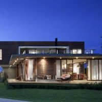 so peaceful: Contemporary Home, Maritimo Houses, Cool Houses, Houses Ideas, Outdoor Design, Houses Lights, Houses Design, Casa Maritimo, Seferin Arquitectura