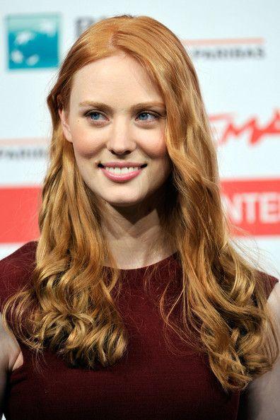 mooi rood is niet lelijk ♥ Red hair - Deborah Ann Woll                                                                                                                                                     More