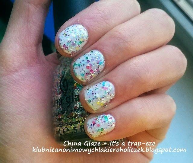 Klub Nieanonimowych Lakieroholiczek: China Glaze - It's a trap-eze