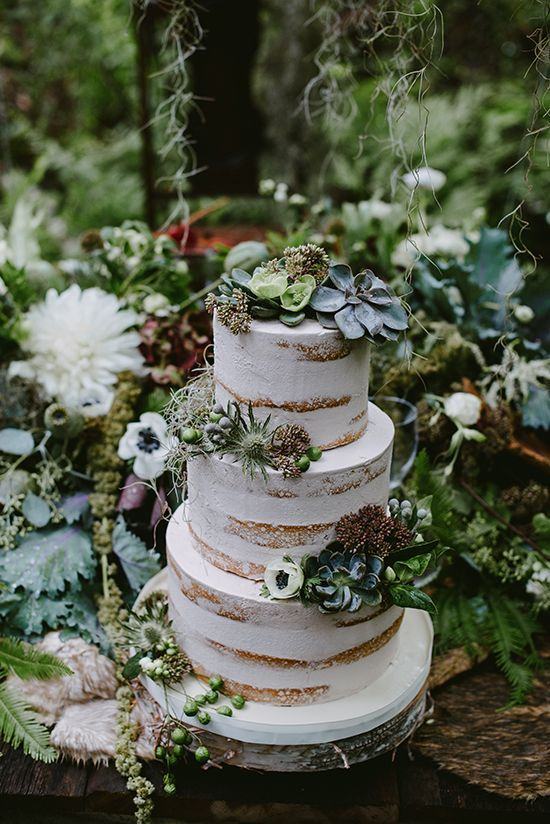 This succulent adorned cake is great for weddings and other special occasions.