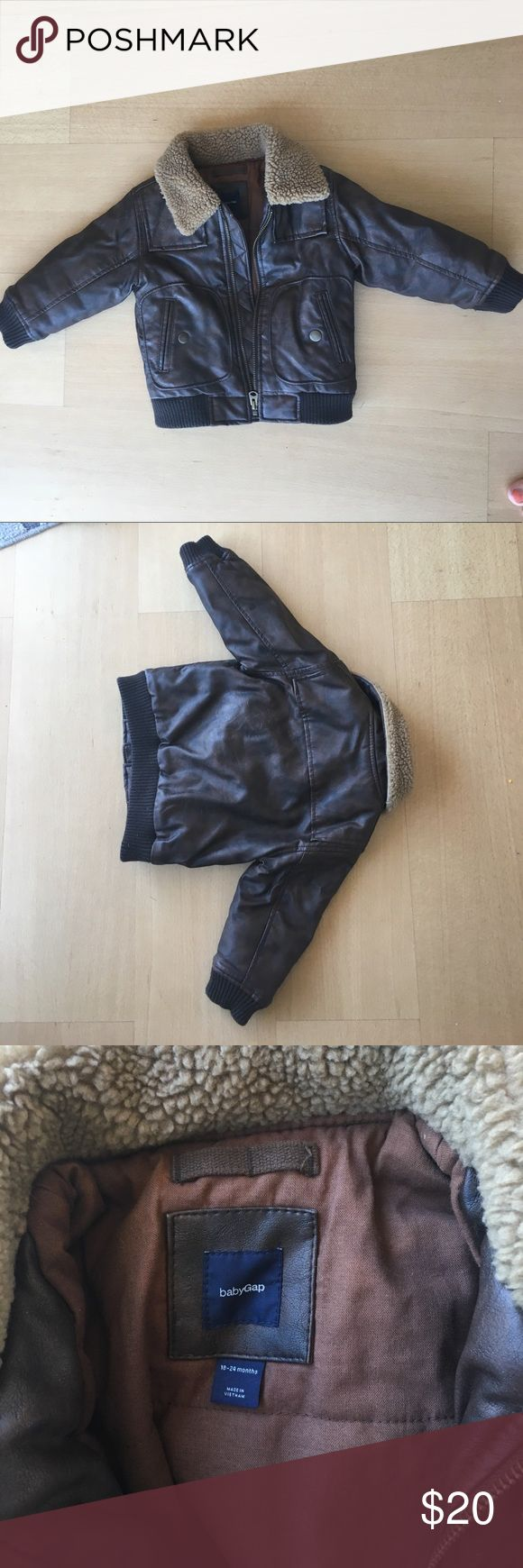 Faux leather shearling baby bomber jacket Gap 18-24 months, rarely worn and runs large GAP Jackets & Coats