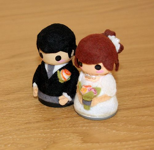 How to Make Your Own Kawaii Wedding Cake Toppers in 10 Simple Steps