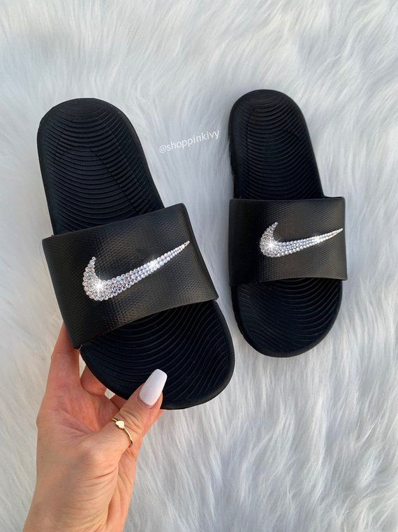 uk availability ddd7d 96791 Brand New Womens Swarovski Nike Kawa Swoosh Slide Sandals. Nike Logo is  customized with fabulous