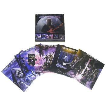 Cofanetto contenente 5 album di #AlexRudiPell su altrettanti CD.